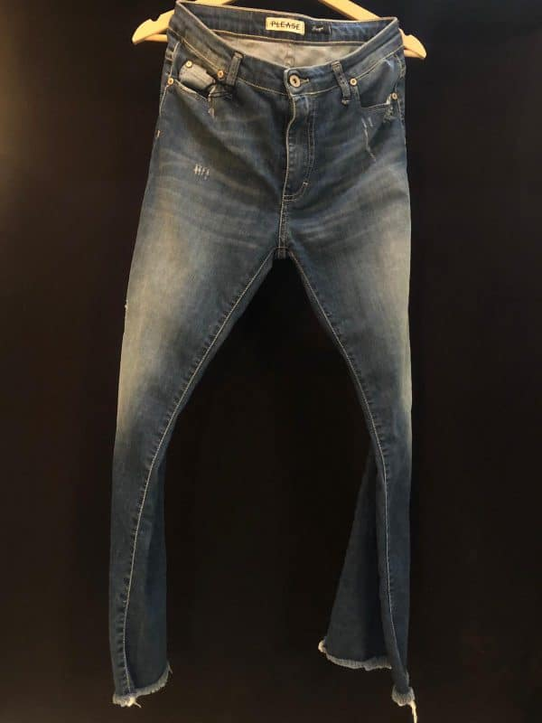 Jeans please 3779
