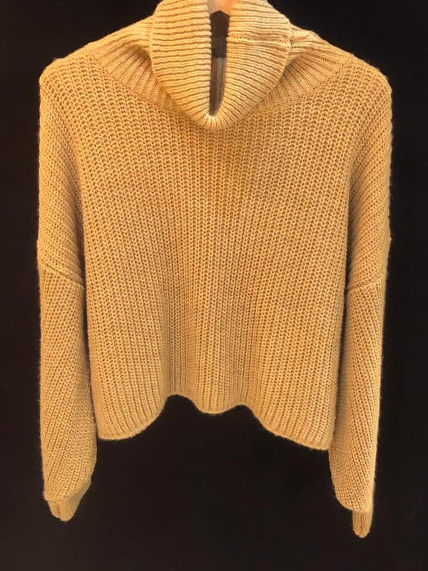 Pull en tricot camel Please